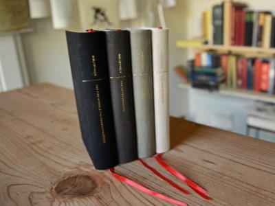 Новая версия Библия почти за 1,5 миллиона долларов1