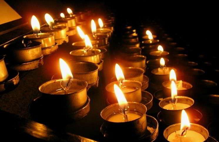 Во Франции 17 погибших, а в Нигерии - 2000