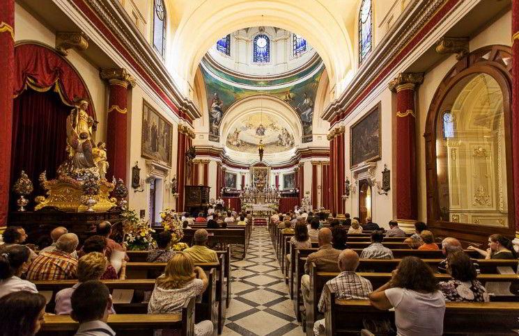 Ватикан принимает меры против скучных проповедей - 316NEWS