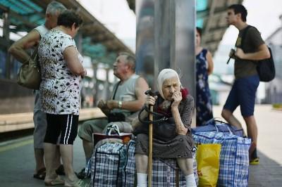 Христиане вывезли 1200 человек из горячих точек Украины1
