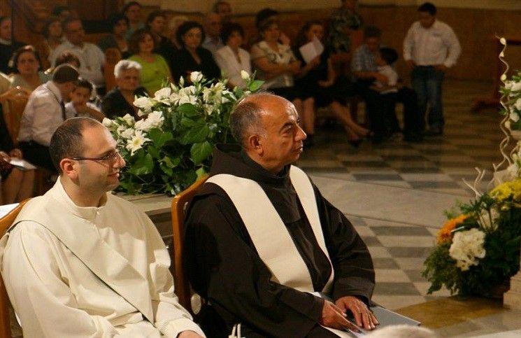 Конца войны пока не видно сирийский Епископ