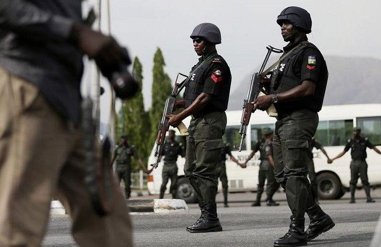 Разгром «Боко Харам» боевиков прогоняют из Нигерии