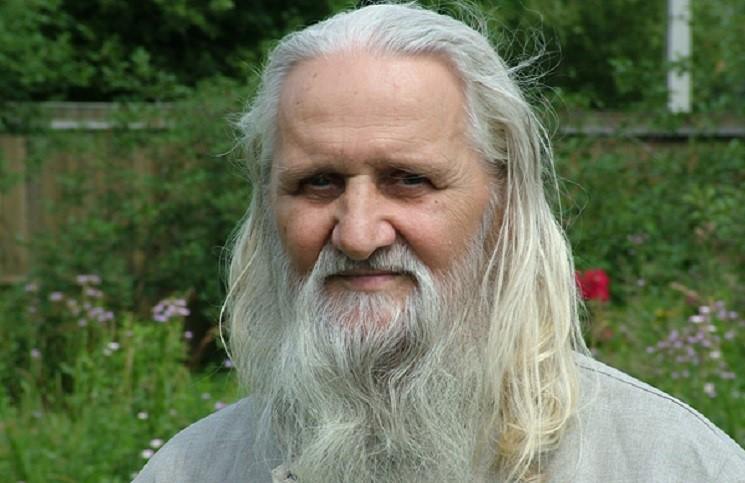Ушел из жизни литературовед монах Лазарь