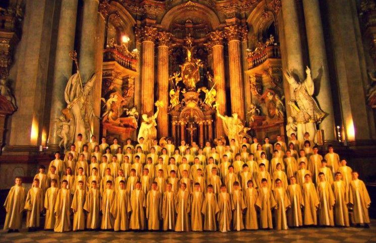 В Католической церкви отмечают 50-летие начала служения мессы на национальных языках
