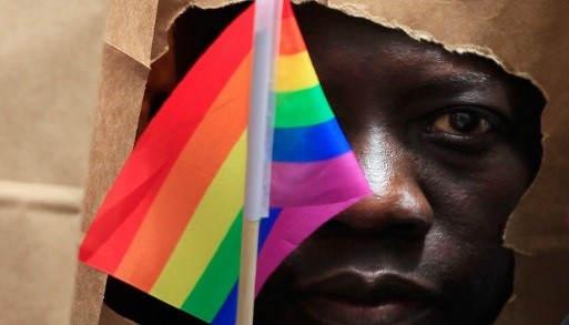 Гомосексуалистами рождаются Неправда
