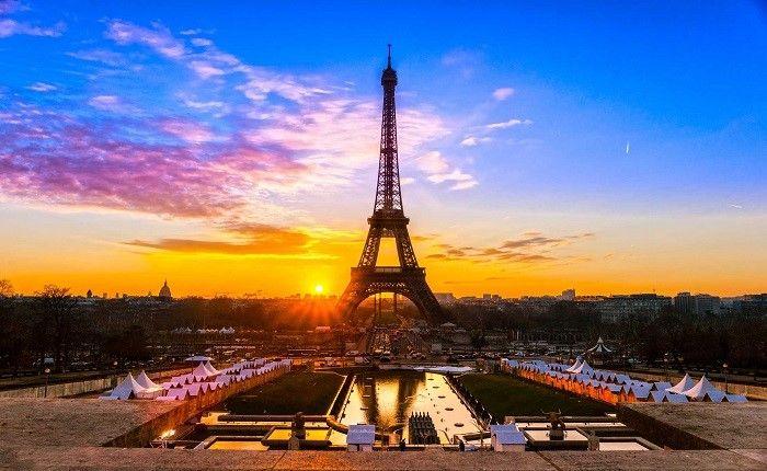 Ко дню Пасхи тысячи французов станут членами церкви