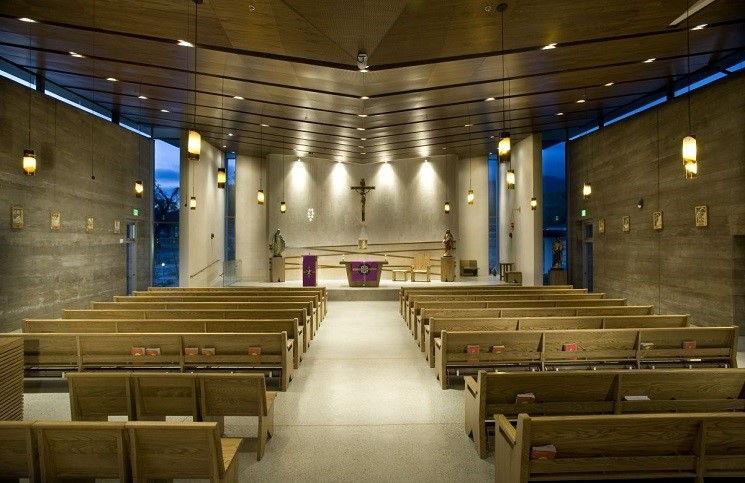 Помогите вернуть Дом молитвы в Луганске вторглись в церковь