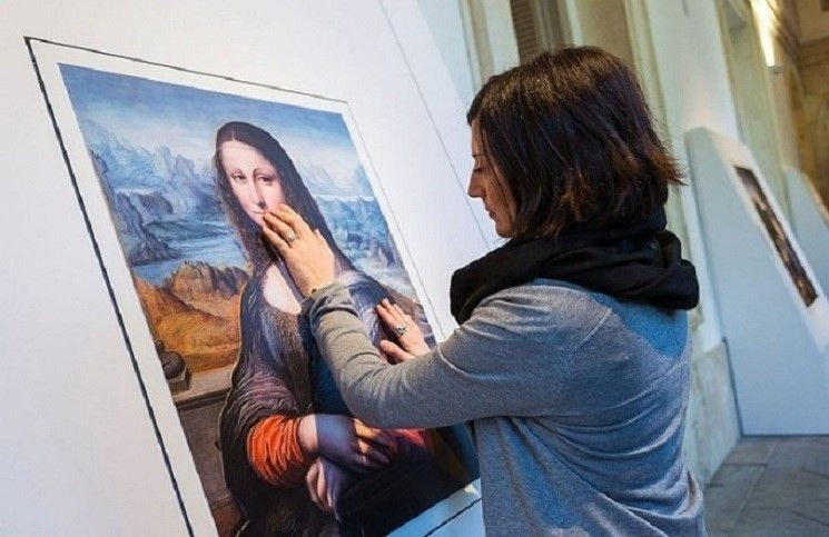Слепые смогут «увидеть» картины