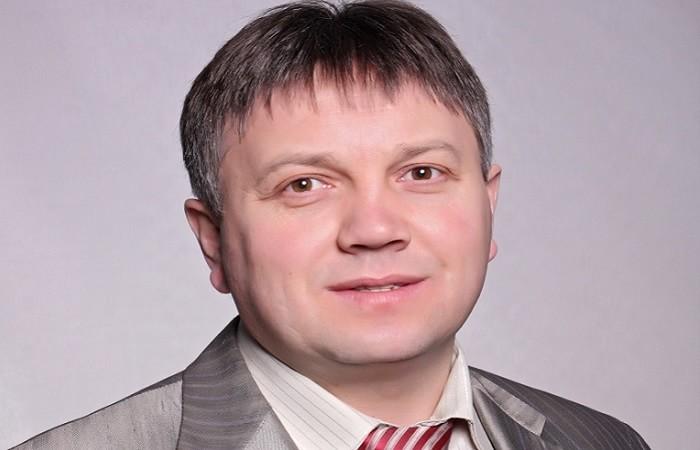 Чтобы быть миротворцем, нужно самому пойти в сторону боли- Петр Дудник-min