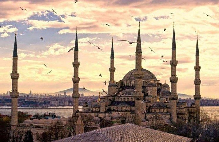 В храме Святой Софии за 85 лет впервые прочитали Коран