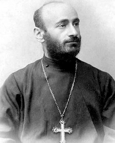 Комитас – великий армянский композитор, музыковед. Был убит 24 апреля 1915 года