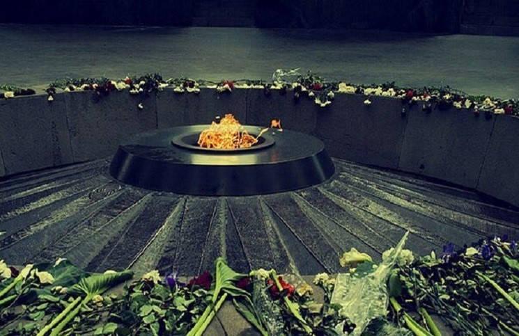 Европарламент официально признал геноцид армян и призвал Турцию следовать их примеру