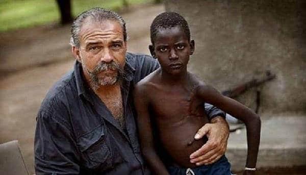 «Проповедник с пулеметом»: Бог призвал меня в Африку
