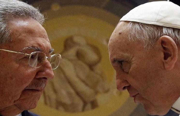 После встречи с Папой Римским глава Кубы задумался о Боге