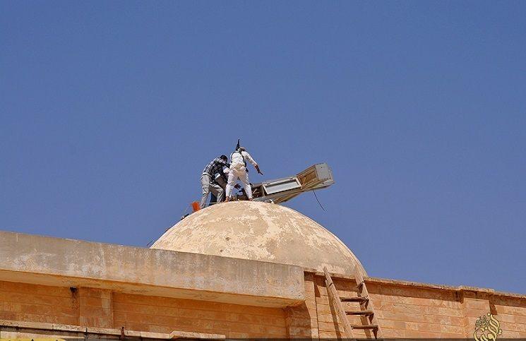 У стен античной Пальмиры идет битва между цивилизацией и варварством