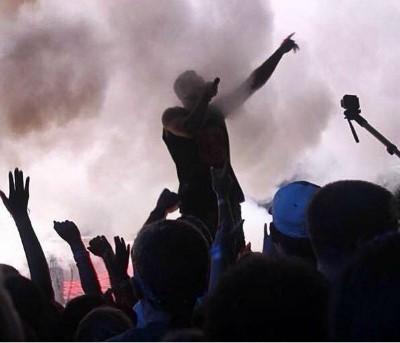 Более 900 студентов приняли Христа на концерте с участием Lecrae1