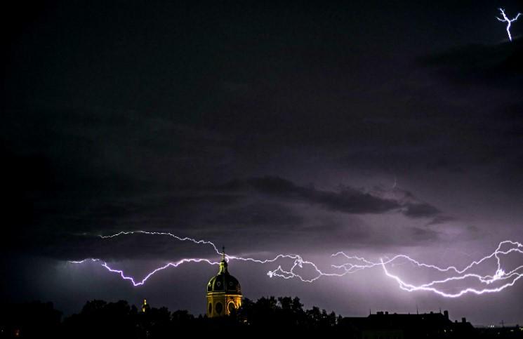 Грозовая молния уничтожила белорусскую часовню 19 века