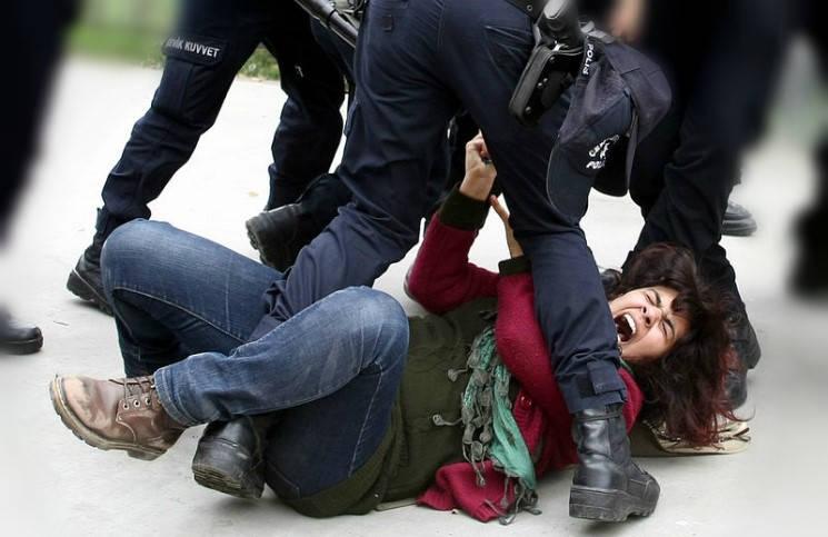 49 мусульман осуждены за сожжение женщины, которую суд признал невиновной