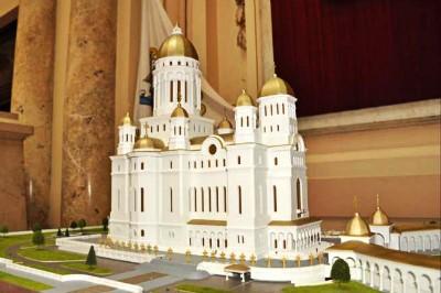 В Румынии строят самый высокий православный храм в мире