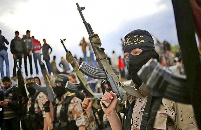 Крах ислама ИГ «обращает людей в христианство»
