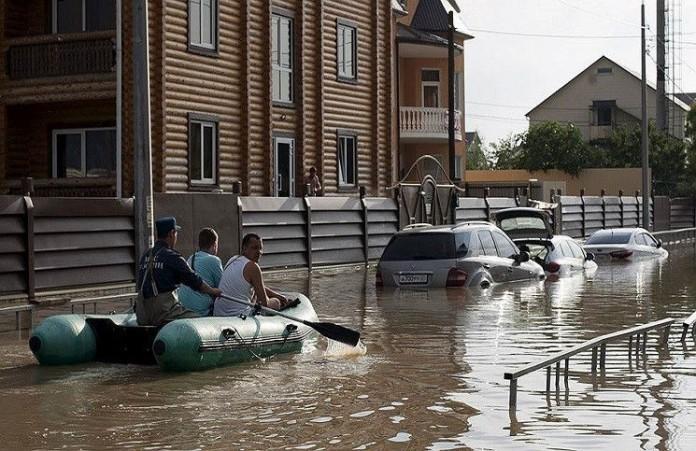 Сочи после наводнения во всех храмах действуют точки гуманитарной помощи