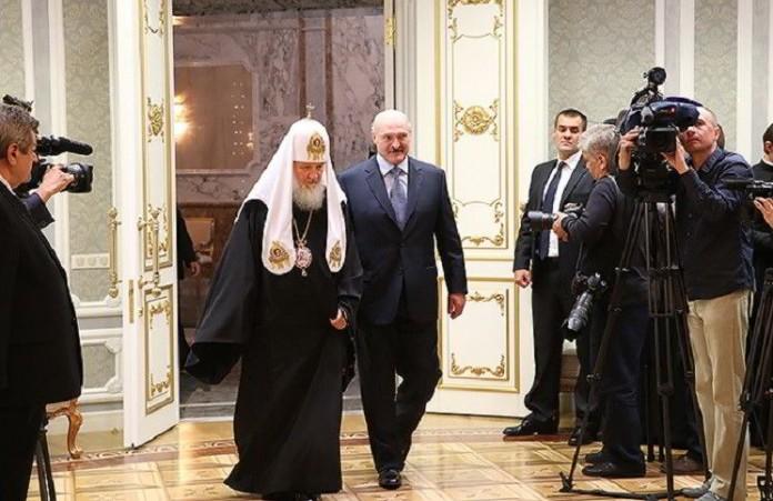 Раскол церкви привел к конфликту на Украине: Александр Лукашенко