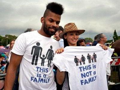 Рим Более 300 000 человек вышли на протест против однополых браков1