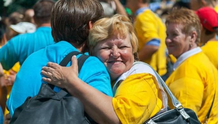 Украина Социальный проект «День Служения»