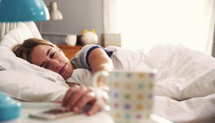 Шесть причин, почему не стоит утром брать в руки смартфон