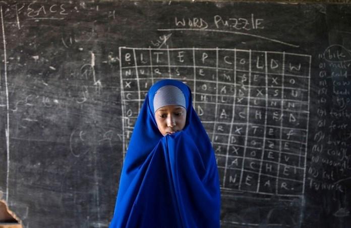 Школы Кении закрываютс учителя христиане спасаются бегством