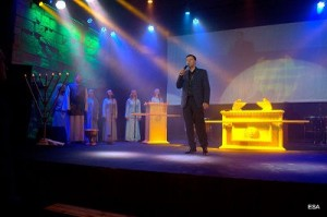 Главное слышать голос Бога: Музыкальный проект «Скиния»