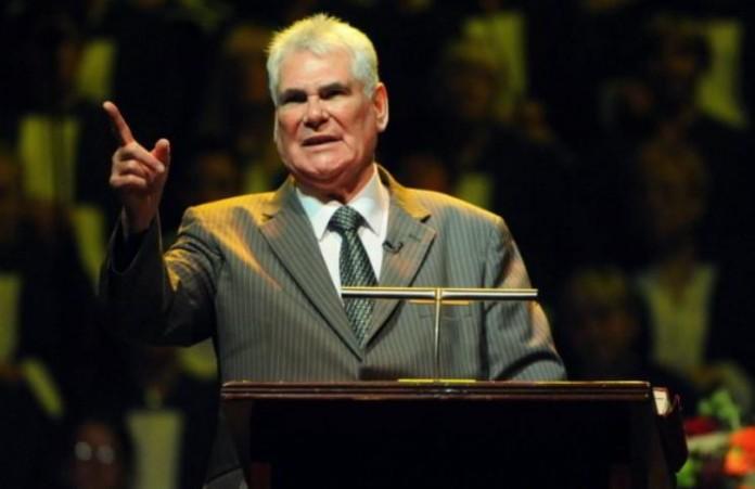 78-летний проповедник Джеймс Макконнелл предстанет перед судом за оскорбление ислама