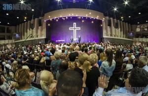 Как изменить мир: Конференция «Давайте ходить верой»