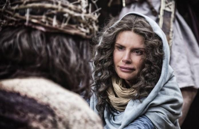 Актриса Рома Дауни Я верю, что Бог отвечает на молитвы