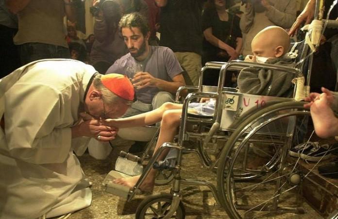 Вертолёты детской скорой помощи приземляются в Ватикане