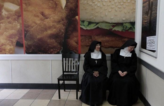 Власти Пакистана не позволяют монахиням оставаться в стране