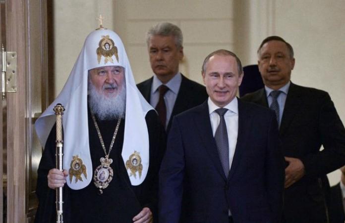 Патриарх призвал Порошенко и Путина добиться примирения в Донбассе