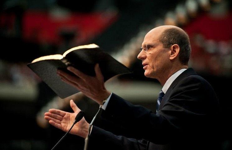 Переизбран глава всемирной церкви адвентистов Тед Вильсон