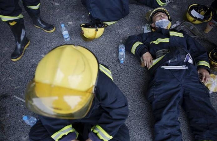 Последствия катастрофы Китая: Папа Франциск молится об утешении