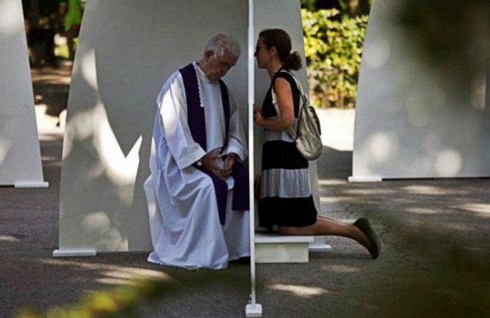Год Милосердия Папа Франциск разрешил отпускать грех аборта
