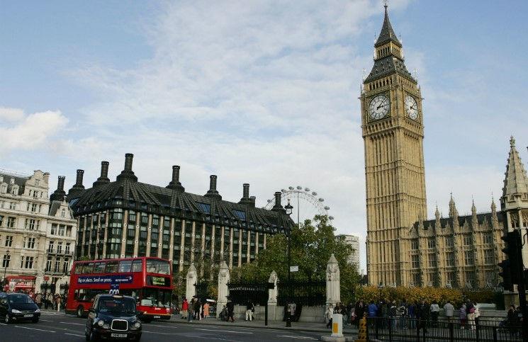 Борьба с экстремистами все религиозные деятели Британии попадут под учет