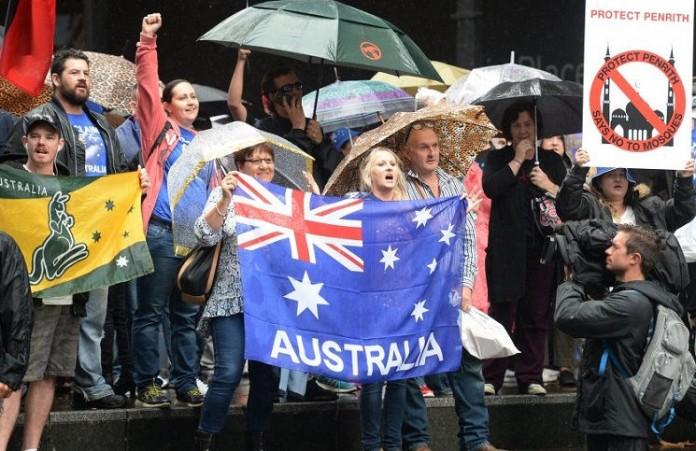 Австралийцы против строительства мечети