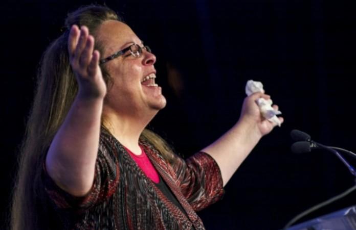 Ким Дэвис получила премию за пропаганду библейского брака