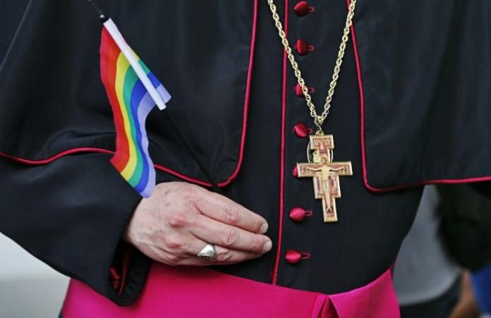 800.000 католиков требуют «решающего слова» Папы Франциска