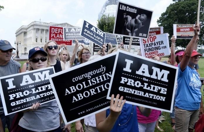 Церкви Калифорнии отказываются оплачивать аборты