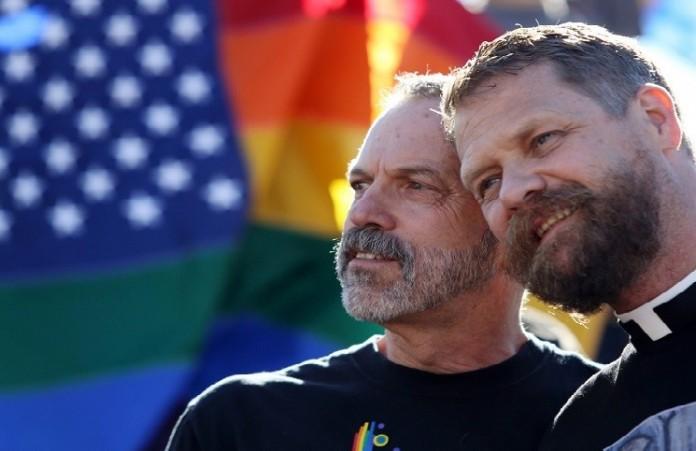 Католическая церковь официально запретила однополые браки