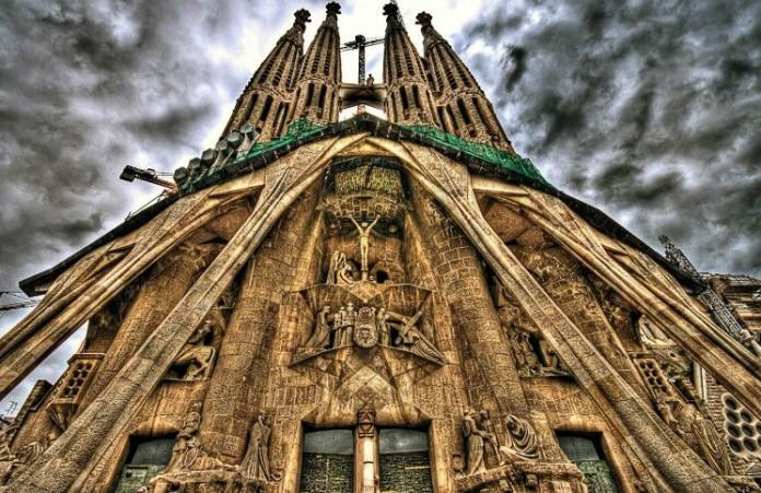 Храм Гауди в Барселоне: Самое высокое религиозное здание Европы