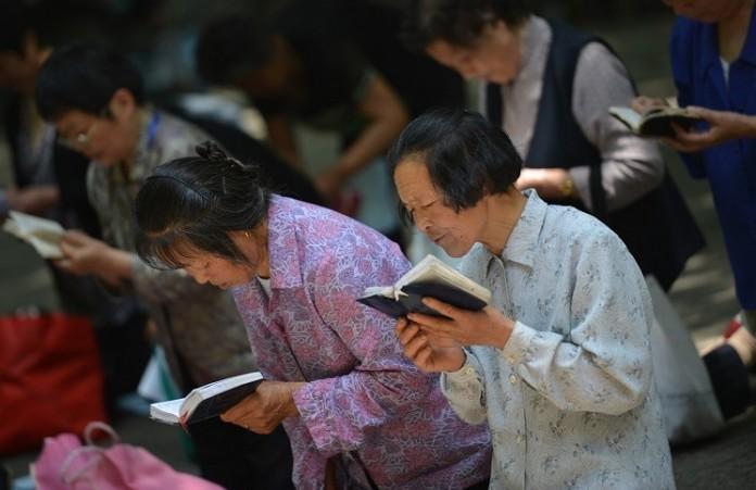 Пекин: членов «катакомбной церкви» вновь взяли под арест
