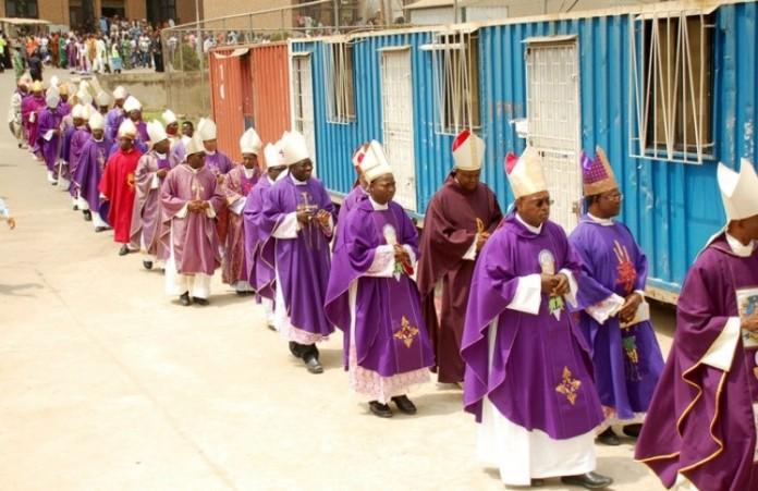 Епископы присоединились к гражданскому маршу по борьбе с коррупцией