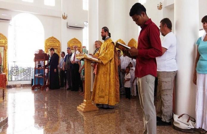 Первый храм РПЦ освящен в Камбодже
